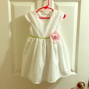 George 3T White Lace Dress